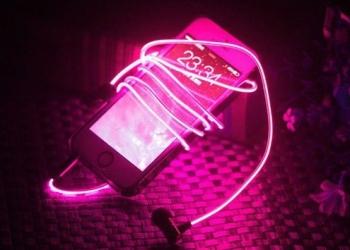 Светящиеся наушники Glow с EL свечением (розовые)