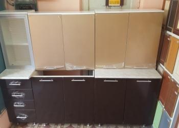 Кухонный гарнитур (новый)