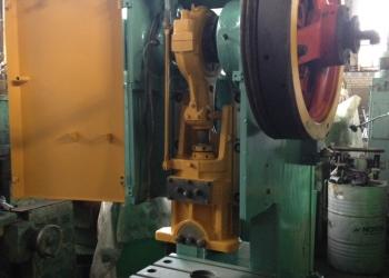 кривошипный механический пресс КД 2126К.(усилие 40т)