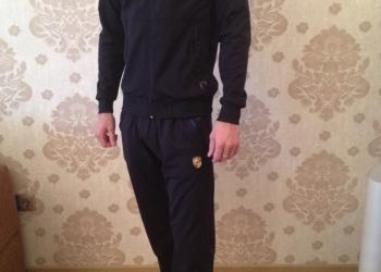 Продам мужской спортивный  костюм Порше