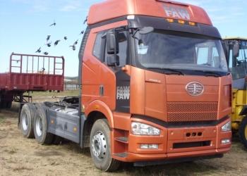 Тягач FAW 6x4 новый 390 л.с.на стоянке, высокая кабина