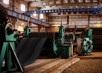 завод по производству стальной квадратной и прямоугольной профильной трубы
