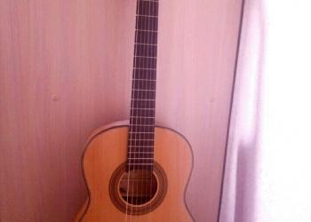 Продам гитару срочно