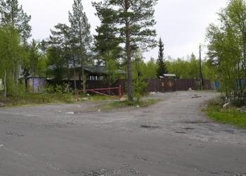 Продам участок 17,5 сот. на берегу озера.трасса Мурманск - Аэропорт 9 км
