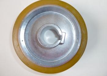 Ролик прижимной полиуретановый 140х35х50 мм