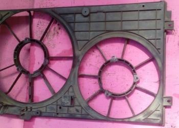 1K0121207T Диффузор вентилятора VAG