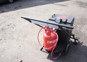 Ручной плавильный котел заливщик мастик и герметиков МА-18