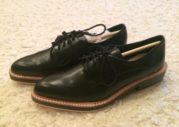 Продам туфли женские (девушку) 35 размера