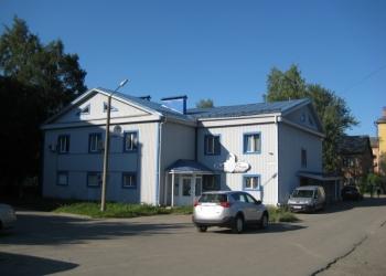 Продаю отдельно стоящее двухэтажное здание с зем.участком в центре Петрозаводска