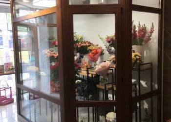 Продам холодильную камеру для цветов
