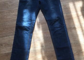 Продам джинсы (3шт.)