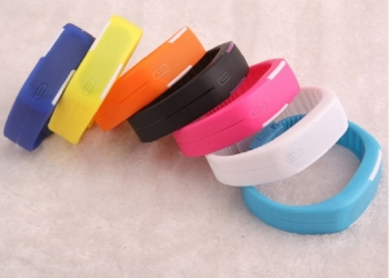 Спортивные LED часы-браслет
