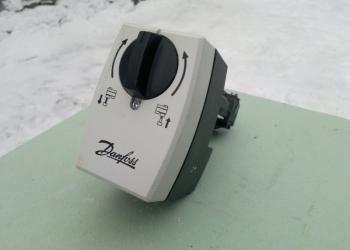 Контроллер danfoss AMV15 с сервоприводом