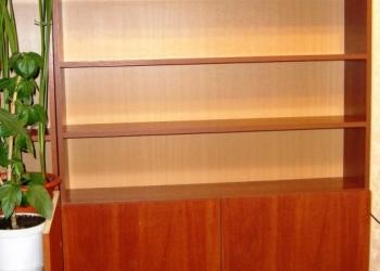 Стеллаж(для офиса или дома)