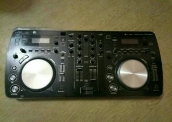 Продаю DJ пульт