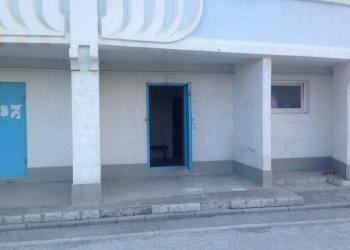 Продается встроенное помещение 44 м.кв на Богдана Хмельницкого,Алушта
