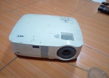 Проектор NEC VT48