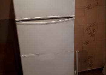 Срочно продаю холодильник.торг