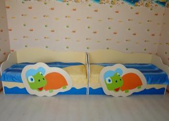 Продаются 2 комплекта детской мебели б/у! Срочно!