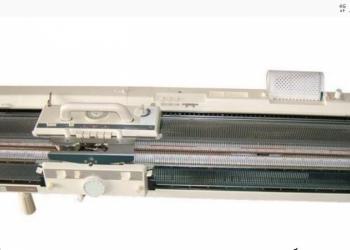 Вязальная, двухфонтурная машина,XOBBY- KR 850.
