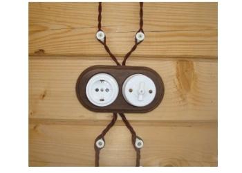 Открытая ретро проводка: выключатели и розетки керамические