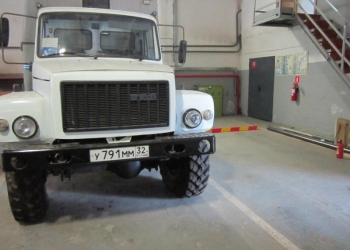 Автомобиль ГАЗ - 3308