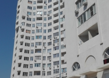 Сдам на длительный срок 3-х комнатную квартиру общей площадью 105м.2