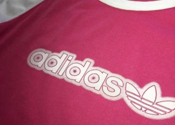 Футболка Adidas розовая с белым размер S