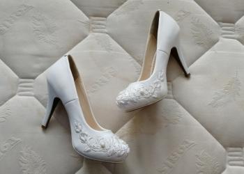Туфли женские новые свадебные