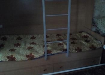 Двухъярусная кровать б/у