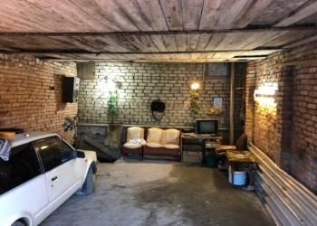 Продам гараж м-к №1 блок №7В(автовокзал) общей полезной площадью 86кв,на 2 машин