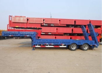 Трал новый CIMC 2013 год 2 оси 40 тонн рессоры ССУ 1,4 м