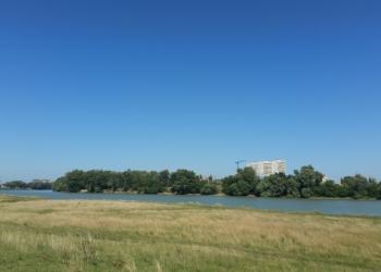 Продам земельный участок на берегу Кубани