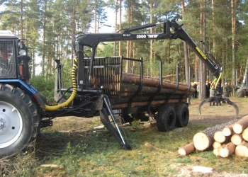 Лесовозный прицеп с манипулятором
