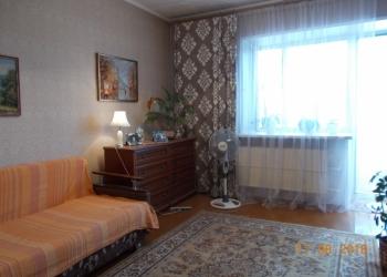 Продам квартиру, ул. Правобержная, д. 52, 52 м2, 3/3 эт.