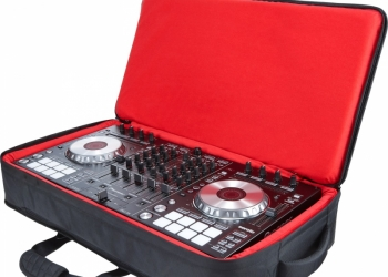 ПРОДАМ DJ-КОНТРОЛЛЕР PIONEER DDJ-SX2 ВМЕСТЕ С СУМКОЙ ПРАКТИЧЕСКИЙ НЕ ИСПОЛЬЗОВАЛ