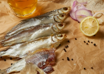 Морепродукты, речные раки и вяленая рыба