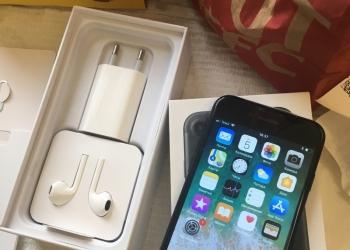iPhone 7 Black Matte 32 Gb