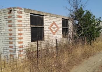 Продается дачный участок 14 соток земли в Краснослободске , 6 км от моста .