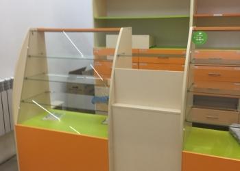 Витринные шкафы для магазина(аптеки)