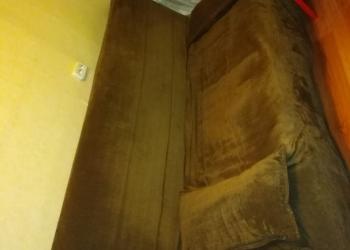 Велюровый, раскладной диван