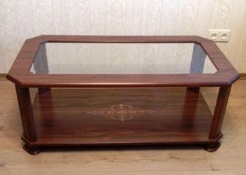 Шкаф-сервант, журнальный стол, тумба под телевизор