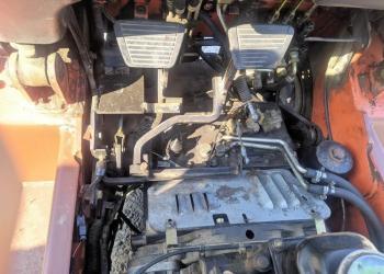 Продается вилочный погрузчик Nissan 01ZFJ01A15U