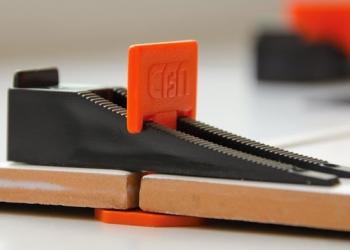 Приспособление для быстрой укладки керамической плитки СВП