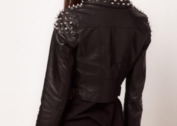 Кожаная куртка с шипами