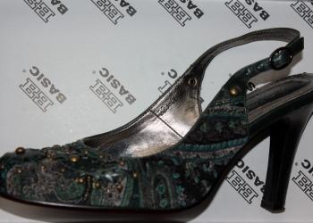 Вельветовые туфли