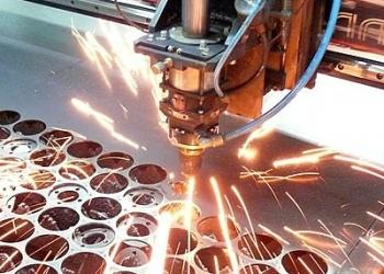 Лазерная резка листовых материалов качественно