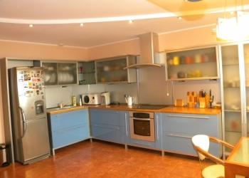 Видовую квартиру в центре Хабаровска