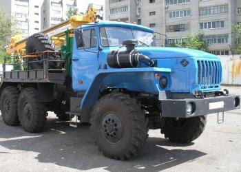 Буровая на шасси Урал 5557
