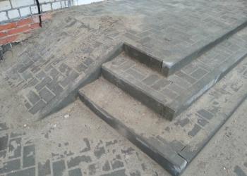 Укладка тротуарной плитки, установка бордюров, отмостки